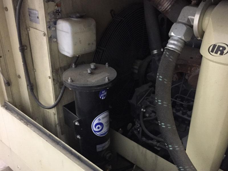 Air compressor fuel filtration